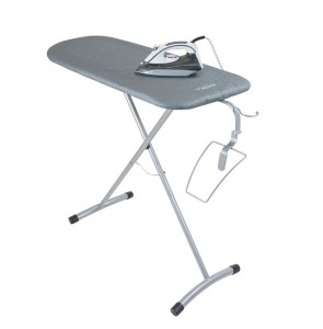Ironing station Steam iron